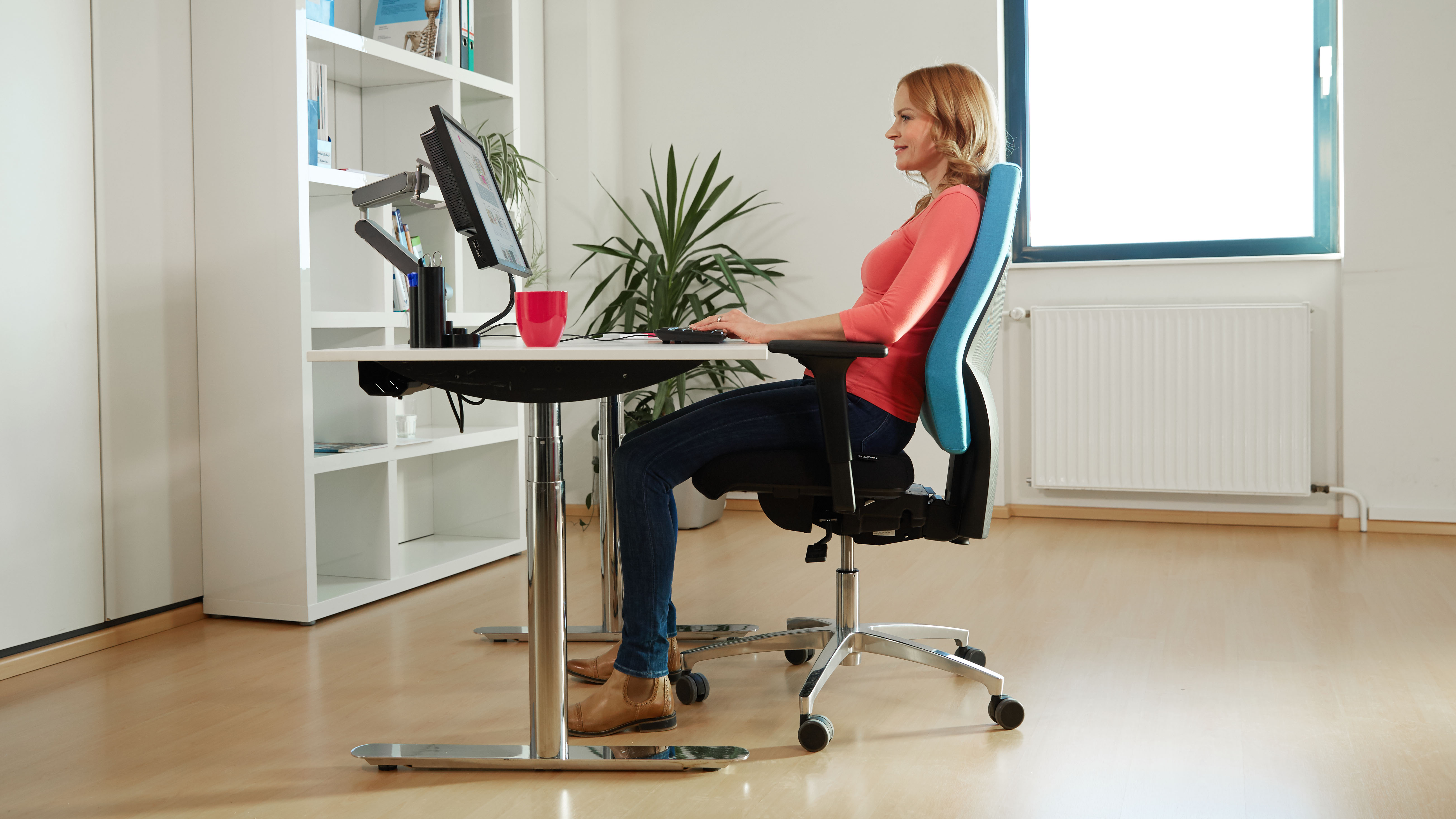 one ballo at sitting exercise of desk workouts the office deskercise capture die while business or